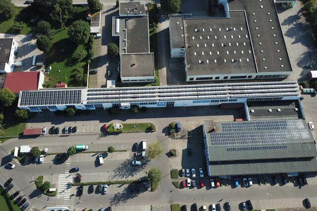 Photovoltaikanlage JH 9E